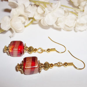 Red Glass Beaded Earring Gold Dangle Drop Set 2736